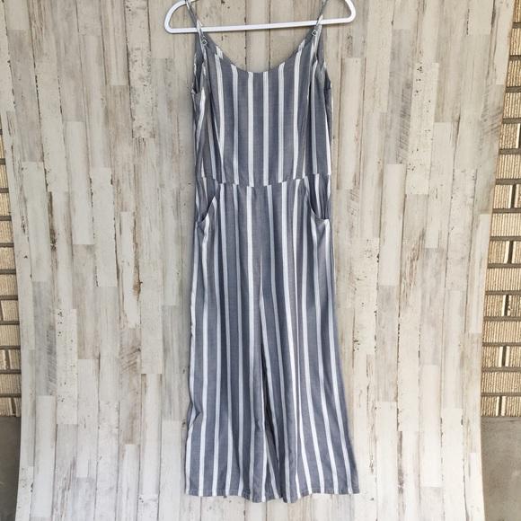 Pants - Belle Vera stripe cropped romper size 4